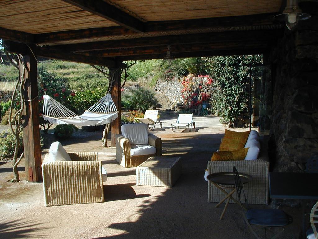 Case Di Pietra Pantelleria : Italia sicilia isola di pantelleria provincia di trapani il