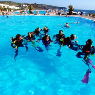 Attività sportive in piscina