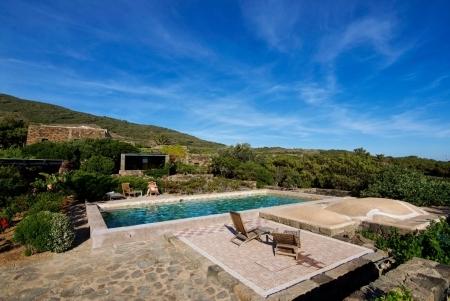 borgia_dammuso_grande_pantelleria_relax_piscina_43.jpg